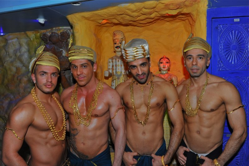 sun city gay sauna in paris